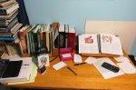 Biurko z podręcznikami